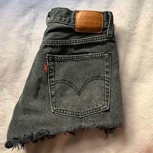 Levi's 501 jean shorts black